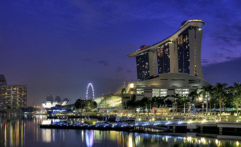 The Spectacular Beauty of Marina Bay Sand Hotel marina bay sands Celebrity Hotels: Outstanding Marina Bay Sands Singapore Marina Bay Sands Singapore covetedition The Spectacular Beauty of Marina Bay Sand Hotel