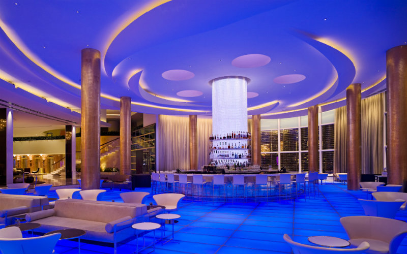 Best Luxury Hotels in Miami: The Iconic Fontainebleau Miami Beach luxury hotels in miami Best Luxury Hotels in Miami: The Iconic Fontainebleau Miami Beach covet edition Best Hotels in Miami Fontainebleau Miami Beach miami beach