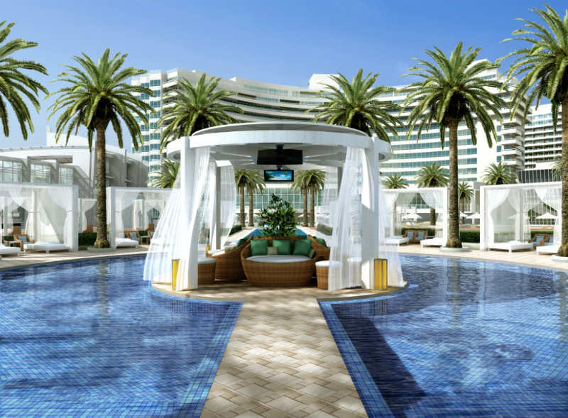 Best Luxury Hotels in Miami: The Iconic Fontainebleau Miami Beach