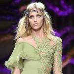 Covetedition-Versace Show in Paris-Anja Rubik