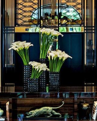 covet-edition-Spectacular-Appartement-Parisien-in-Prince-de-Galles