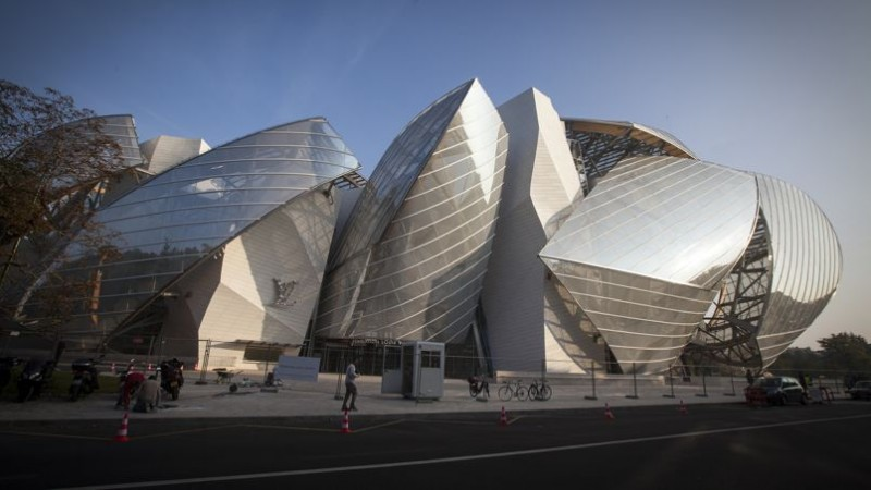 coveted-louis-vuitton-fondation-by-fabulous-architect-frank-gehry-5