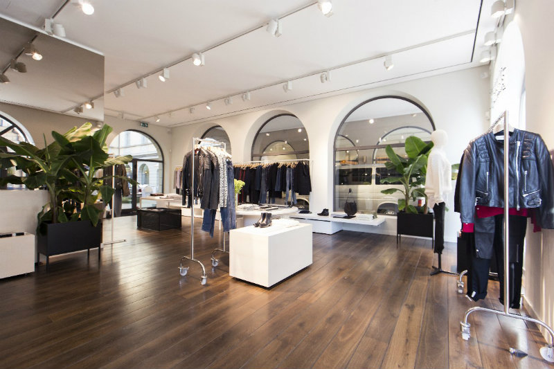 coveted-TOP-INTERIOR-DESIGNERS -PHILIPP-MAINZER-store