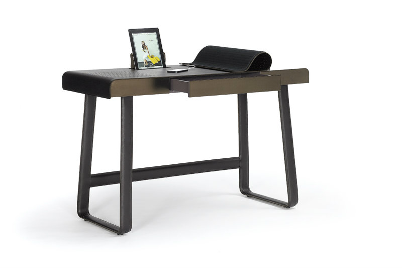 coveted-Top-Interior-Designers -Ippolito-Fleitz-Group-Pegasus Home Desk