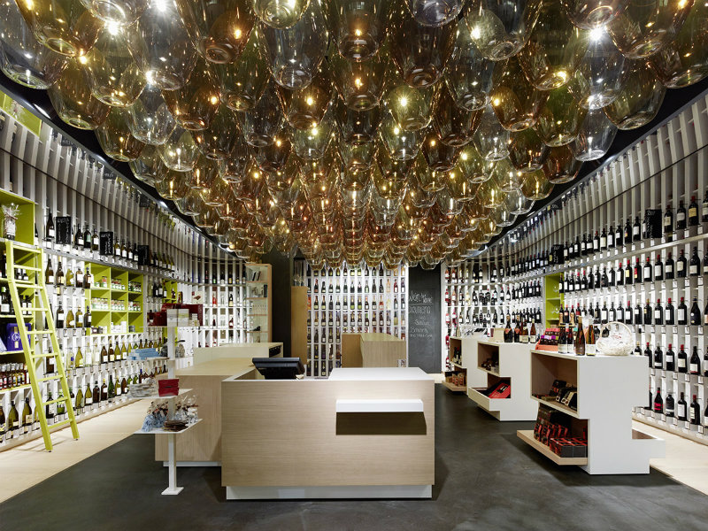 coveted-Top-Interior-Designers -Ippolito-Fleitz-Group-Wein & Wahrheit