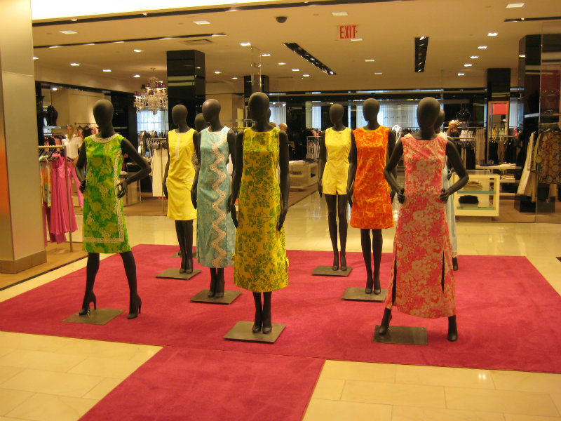 coveted-Bloomingdale's-Empire-of-Shopping-images