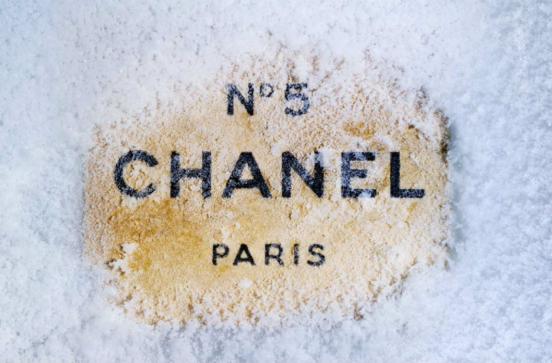 coveted-The-House-of-Chanel-Chanel-Wallpaper-5D9