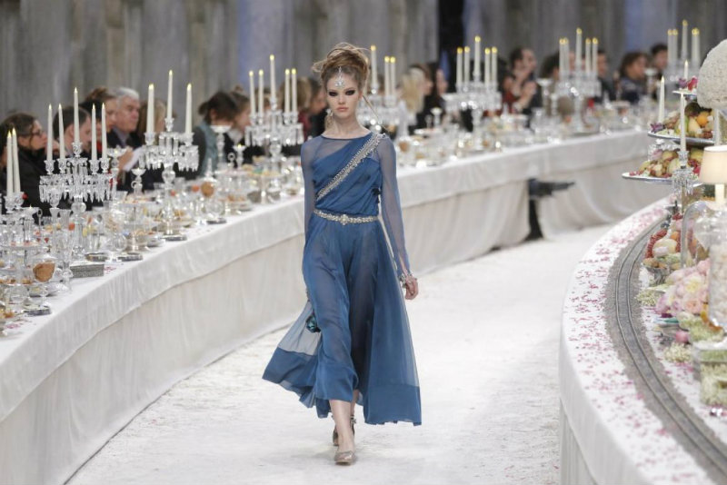 coveted-The-House-of-Chanel-metiers-dart-show-for-chanel-fashion-house-in-paris