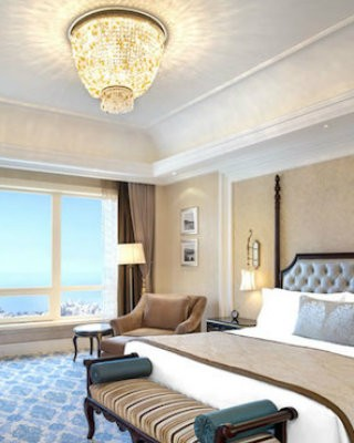coveted-Top-Interior-Designers-Hirsch-Bedner-Associates-castle-hotel-dalian-lower-king-bed-room