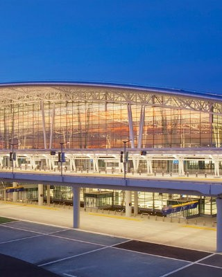 coveted-Top-Interior-Designers-Hok-Florida-indy-aiport-homepage-image
