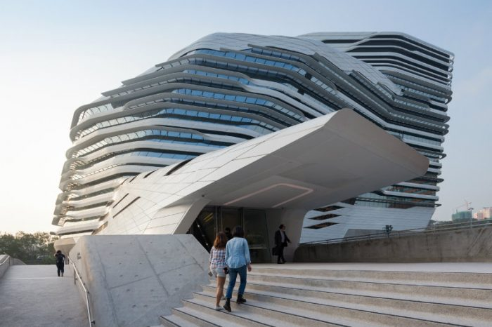 Top Architects and Designers: Be Inspired by The Legacy of Zaha Hadid
