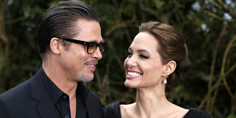 coveted-By-the-sea-film-with-Jolie-Pitt-couple-photos