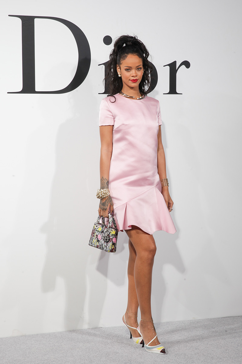 coveted-The-most-beautiful-of-Dior-Rihanna French Fashion The Most Beautiful Creations of French Fashion Brand Dior coveted The most beautiful of Dior Rihanna 7