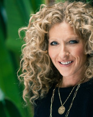 Kelly-Hoppen-Natasha-Corrett-and-Savannah-Miller-28-Recovered