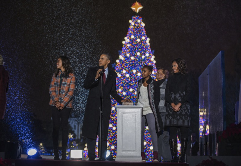 Relive 80 Years Of Christmas At The White House – Covet Edition