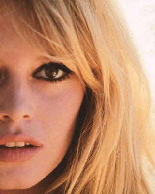 style icon brigitte bardot Image Feature style icons Style Icons: A Look Into the Life of Parisian Goddess Brigitte Bardot style icon brigitte bardot young copy 320x400