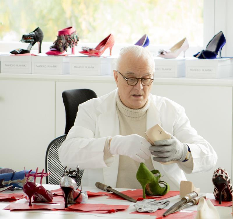 Coveted new venture rihanna teamed up with manolo blahnik for Shoe designer manolo blahnik