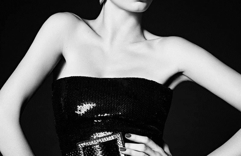 CovetED Cara Delevingne strikes again with Saint Laurent fashion news Cara Delevingne strikes again with Saint Laurent CovetED Cara Delevingne strikes again with Saint Laurent fashion news