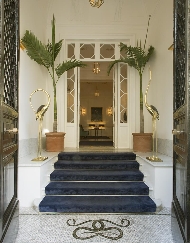 Small luxury hotels 5 star palazzo dama page 10 covet for Small luxury hotel