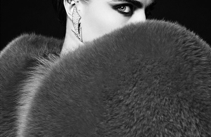 cara-delevingne-saint-laurent-la-collection-de-paris-winter-2016 Cara Delevingne strikes again with Saint Laurent cara delevingne saint laurent la collection de paris winter 2016