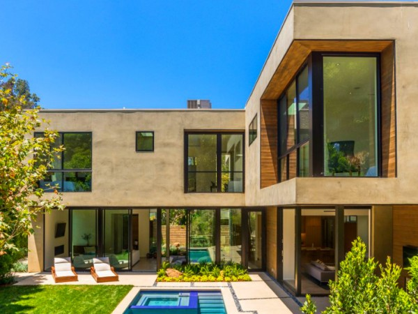 Luxury Home Design in Brentwood by Marmol Radziner