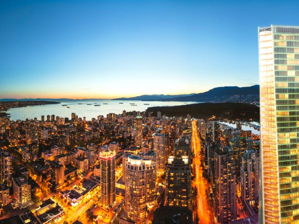 Trump-International-Hotel-Tower-Vancouver