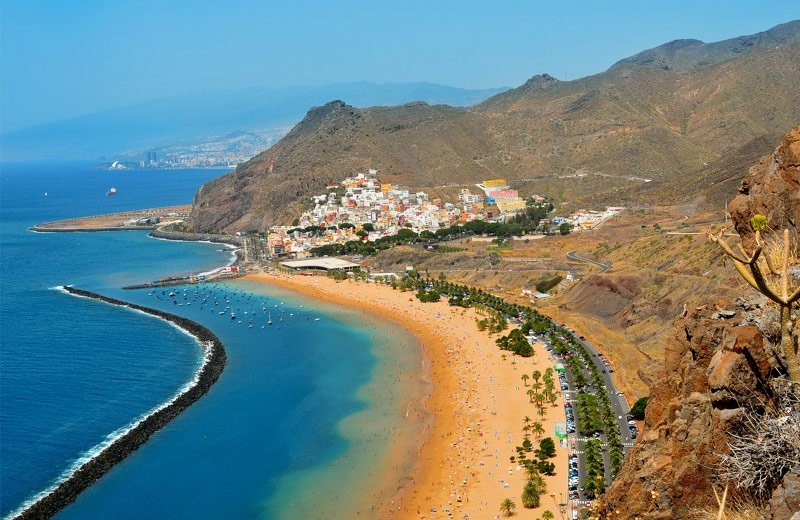 canary-islands-spain sunny christmas The Best Destinations for a Sunny Christmas Canary Islands Spain