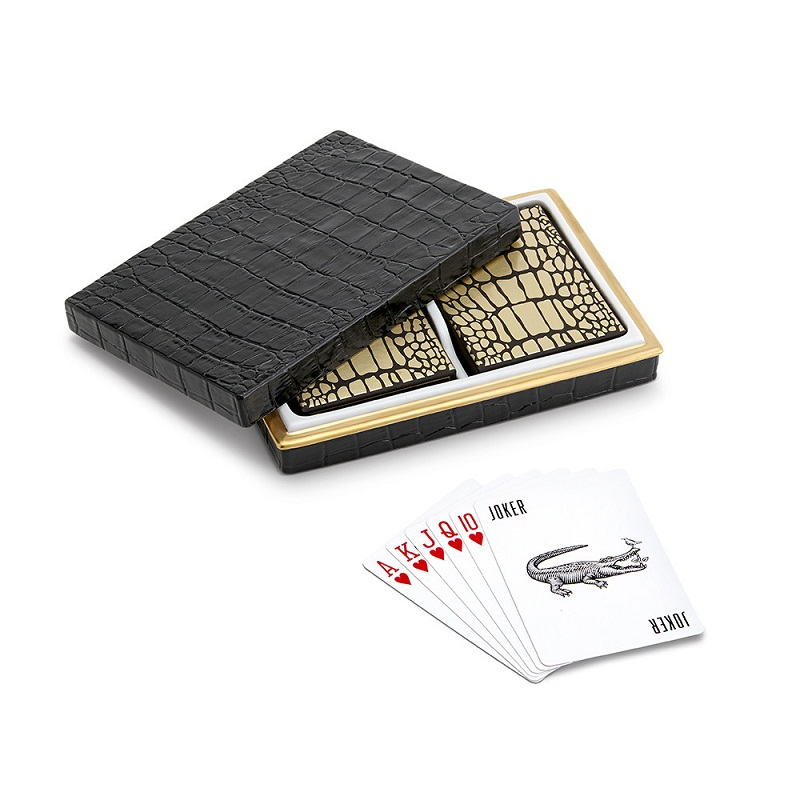 The best 14 luxury decorating ideas for the Holiday Season ➤To see more Coveted articles visit us at http://covetedition.com/ #covetedmagazine #luxuryinteriordesign #luxurylifestyle @CovetedMagazine luxury decorating ideas for holiday season The best 14 luxury decorating ideas for Holiday Season black croc playing cards set of 2 864382