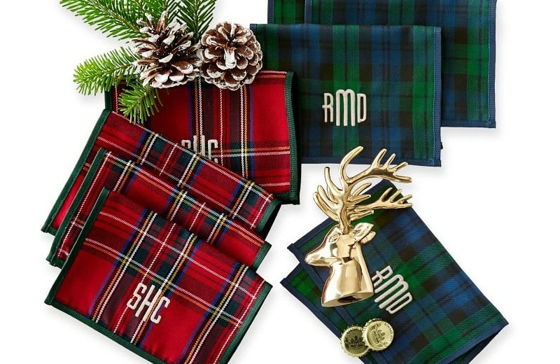 The best 14 luxury decorating ideas for the Holiday Season ➤To see more Coveted articles visit us at http://covetedition.com/ #covetedmagazine #luxuryinteriordesign #luxurylifestyle @CovetedMagazine luxury decorating ideas for holiday season The best 14 luxury decorating ideas for Holiday Season preppy plaid cocktail napkins 1 o