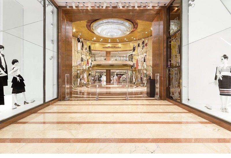 Discover Zara Flagship Store by Matteo Thun + Partners in Milan ➤To see more Luxury Bathroom ideas visit us at www.luxurybathrooms.eu #isaloni #salonedelmobile #milandesignweek #interiordesign @covetedmagazine