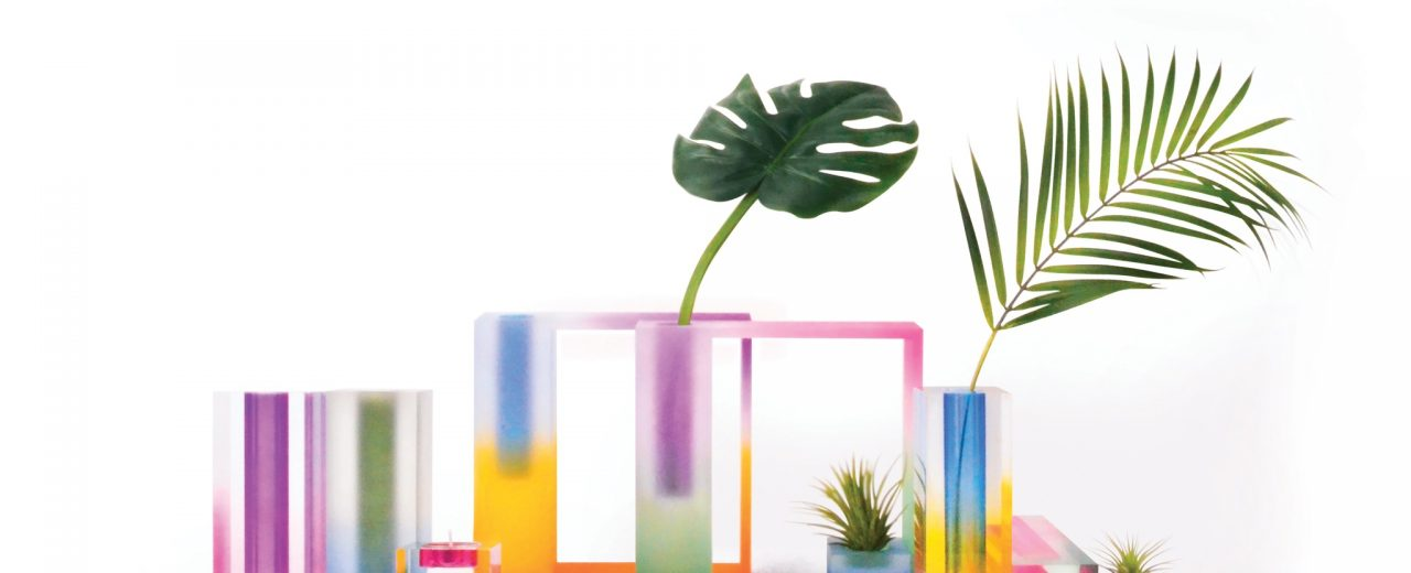 @hattern designed a collection of acrylic #vases-inspired by art print impressionists of the 19th century.