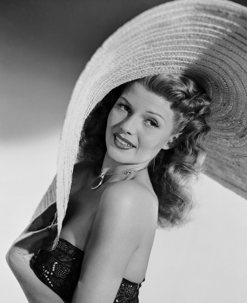 Style Icons We Covet - Rita Hayworth 4  Style Icons We Covet - Rita Hayworth Style Icons We Covet Rita Hayworth 4