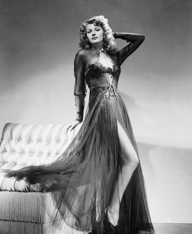 Style Icons We Covet - Rita Hayworth 8  Style Icons We Covet - Rita Hayworth Style Icons We Covet Rita Hayworth 8