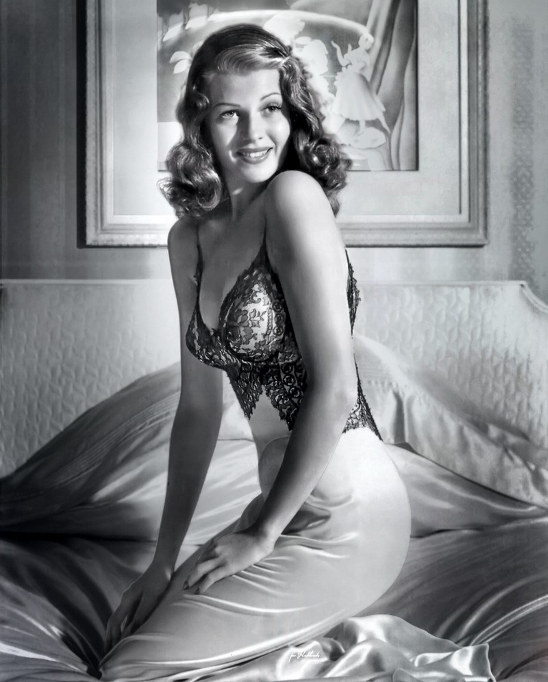 Style Icons We Covet - Rita Hayworth 9  Style Icons We Covet - Rita Hayworth Style Icons We Covet Rita Hayworth 9