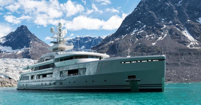 Ravishing Luxury Yachts to Charter In Your Next Vacation 2
