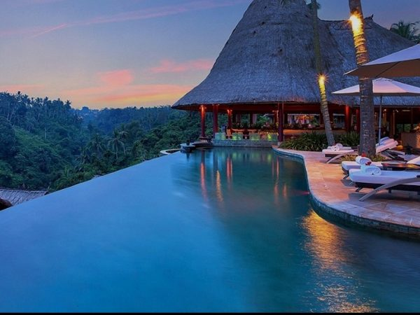Meet Resort Viceroy Bali, One Of The Most Royal Hotels In The World ➤ To see more news about Luxury Design visit us at http://covetedition.com/ #interiordesign #homedecor #luxurybrand @BathroomsLuxury @bocadolobo @delightfulll @brabbu @essentialhomeeu @circudesign @mvalentinabath @luxxu @covethouse_