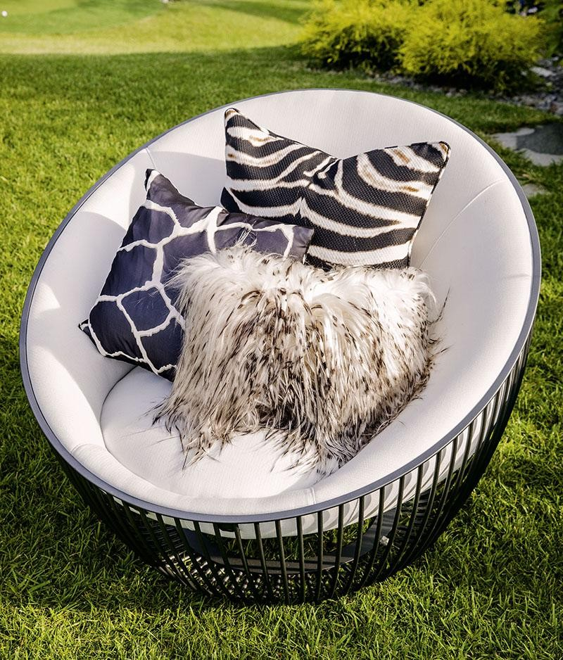 Celebrate Summertime with Roberto Cavalli's Outdoor Collection 2 outdoor collection Celebrate Summertime with Roberto Cavalli's Jungly Outdoor Collection Celebrate Summertime with Roberto Cavallis Outdoor Collection 2