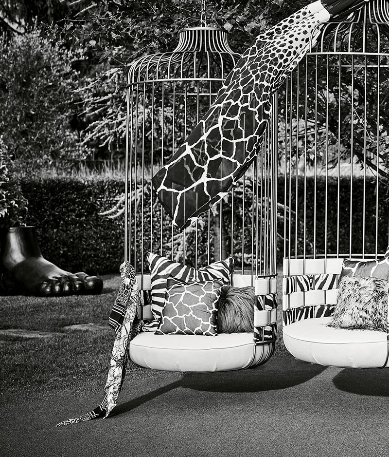 Celebrate Summertime with Roberto Cavalli's Outdoor Collection 8 outdoor collection Celebrate Summertime with Roberto Cavalli's Jungly Outdoor Collection Celebrate Summertime with Roberto Cavallis Outdoor Collection 8