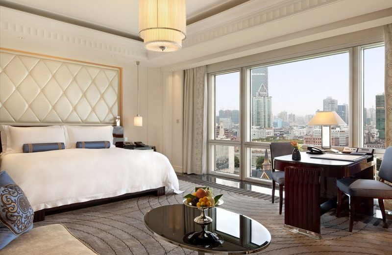 The Peninsula Shanghai Provides the Ultimate Luxury Experience 1 peninsula shanghai The Peninsula Shanghai Provides the Ultimate Luxury Experience The Peninsula Shanghai Provides the Ultimate Luxury Experience 1