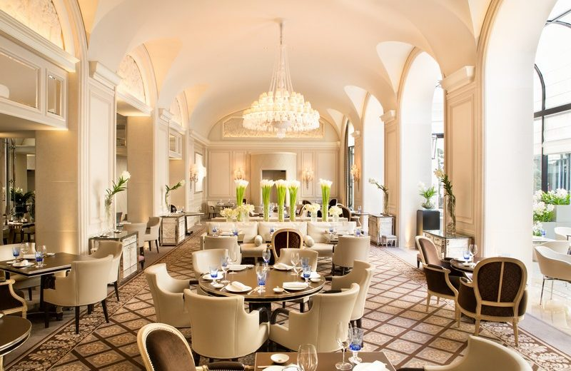 Discover Fine French Hospitality with the Four Seasons Hotel George V 6 four seasons hotel george v Discover Fine French Hospitality with the Four Seasons Hotel George V Discover Fine French Hospitality with the Four Seasons Hotel George V 6