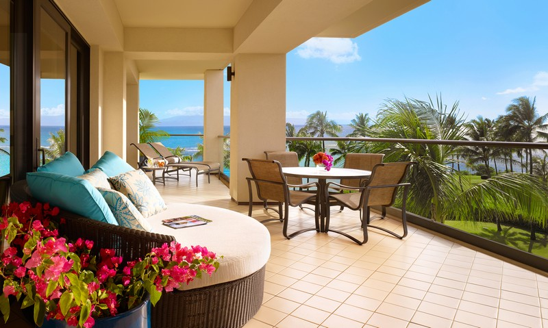 Experience a Unique Sense of Place and Spirit at the Montage Kapalua Bay 4