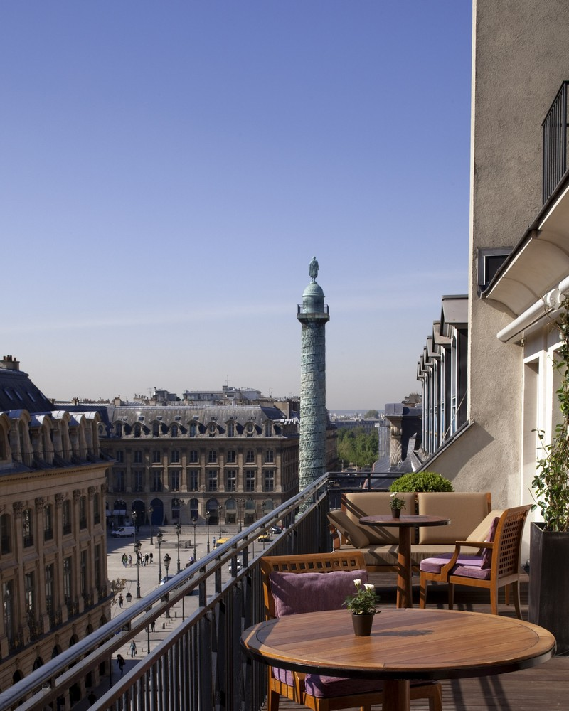 Explore the Unmatched Glamour and Style of Park Hyatt Paris-Vendôme 1 Park Hyatt Paris-Vendôme Explore the Unmatched Glamour and Style of Park Hyatt Paris-Vendôme Explore the Unmatched Glamour and Style of Park Hyatt Paris Vend  me 1
