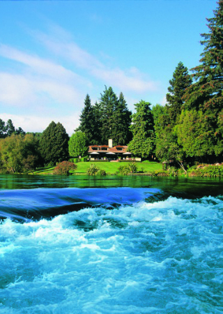 Huka Lodge Meet the Sophisticated Style of the Huka Lodge in New Zealand featured 17