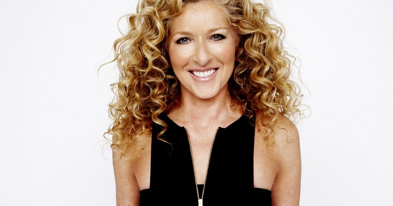 Kelly Hoppen - 40 Years of Interior Design. To see more news about top designers, subscribe our newsletter right now! #kellyhoppen #interiordesigners #topinteriordesigners #luxurydesign #bestinteriordesigners
