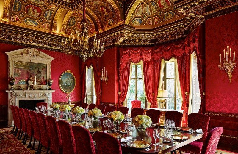 Have a Look at London's Most Spectacular Private Dining Rooms > CovetED > The ultimate collector's luxury and design magazine > #excluisvediningrooms #interiordesign #coveted
