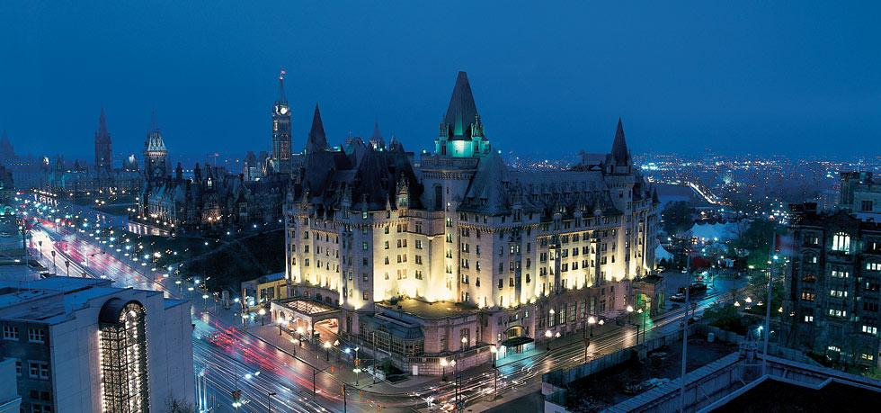 Discover the Enchantment of Fairmont Château Laurier. To see more news about incredible hotels, subscribe our newsletter right now! #fairmontchateaulaurier #accorhotels #luxuryhotels #premierbusinesslodgings #ottawahotels #canadahotels #fairmontgold #wilfridsrestaurant fairmont château laurier Discover the Enchantment of Fairmont Château Laurier Discover the Enchantment of Fairmont Ch  teau Laurier 4