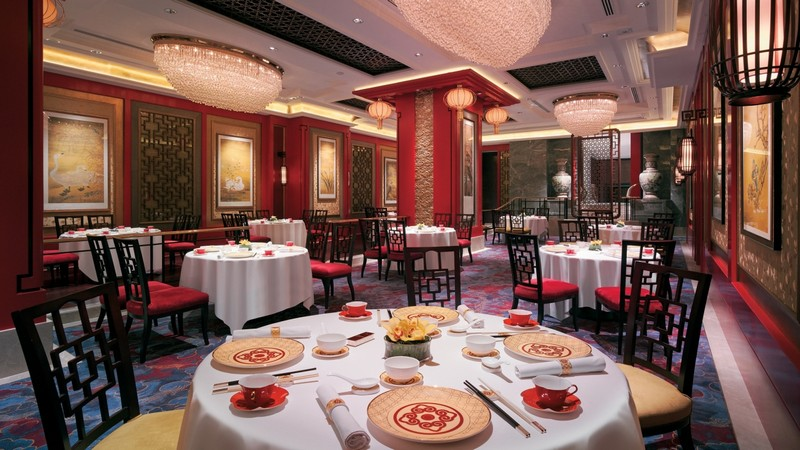 Experience Cantonese Fine Dining at the Shang Palace Restaurant 3