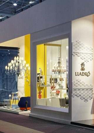 Lladró Presents Innovative Lifestyle at Maison et Objet 2018. To see more news about luxury brands, subscribe our newsletter right now! #lladro #maisonetobjet2018 #luxurybrands #luxuryporcelain #spanishbrands #designevents #jamzlamps #lightandscent