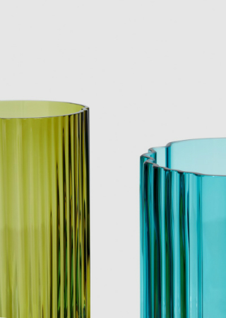 Zaha Hadid Design 2018 Collection Unveiled at Maison et Objet 2018. To see more news about luxury brands, subscribe our newsletter right now! #maisonetobjet2018 #zahahadiddesign #pulsecollection #zahahadid #2018collection #limitededitioncollection #luxurybrands #designevents #designfairs