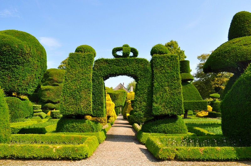 Discover the 15 Best English Gardens You Must Visit. To see more news about luxury travel, subscribe our newsletter right now! #englishgardens #beautifulgardens #levenshall #alnwickgarden #sissinghurstcastle #hidcotemanor #stourhead #coveted #gardensofengland #luxurygardens english gardens Discover the 15 Best English Gardens You Must Visit Discover the 15 Best English Gardens You Must Visit 12